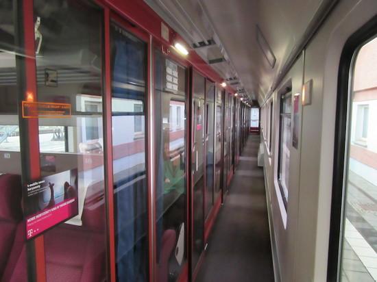 IMG_4117列車廊下.JPG