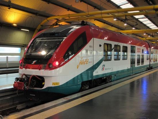 IMG_4551フィウミチーノ列車.jpg