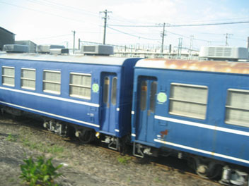 IMG_4814客車.JPG