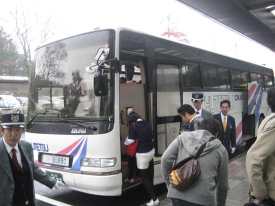 IMG_5275岡山駅行きバス.JPG